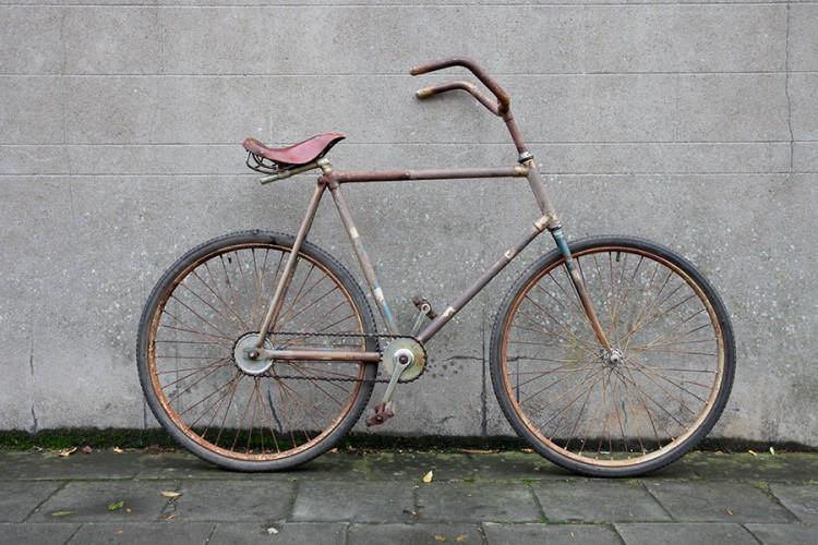Vélo acrobatique Preisser années 30