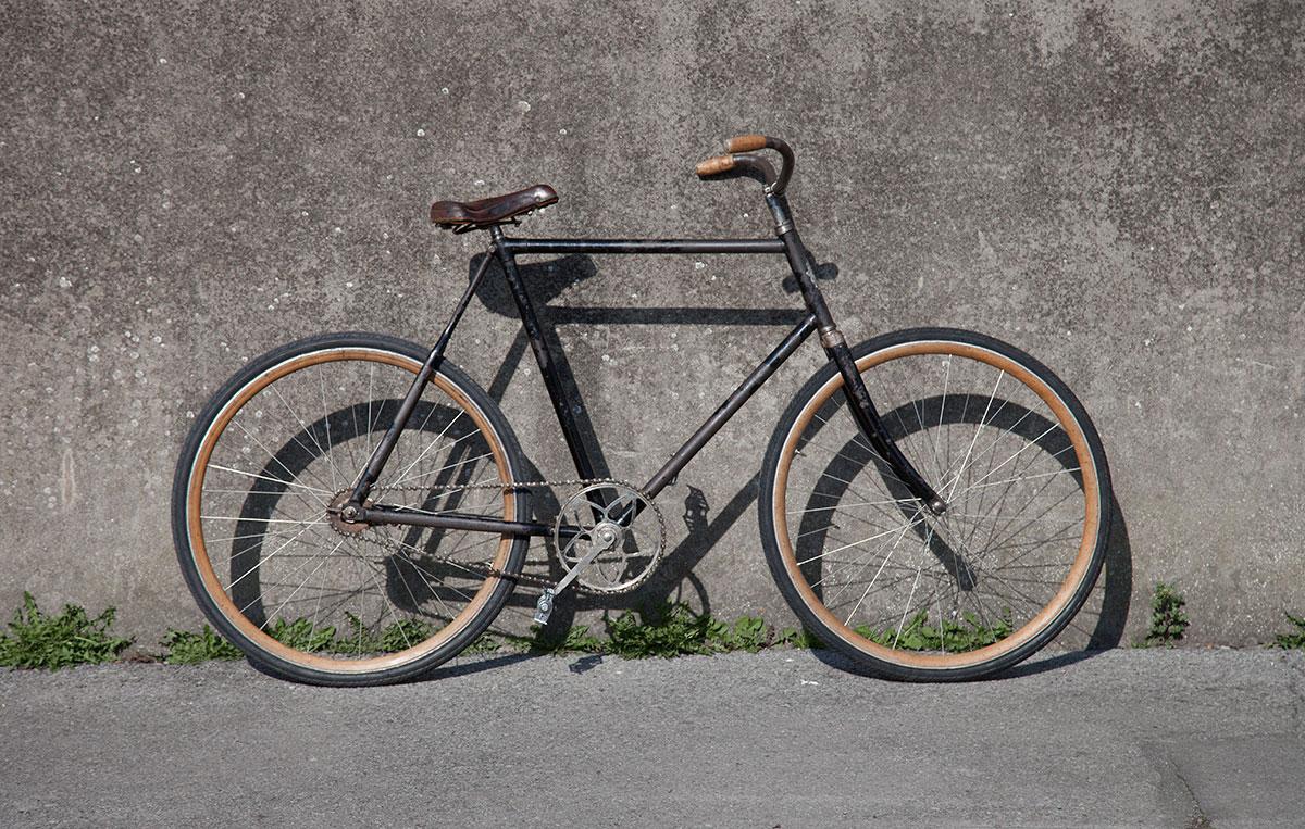 Vélo de ville Omega (Lyon) vers 1900