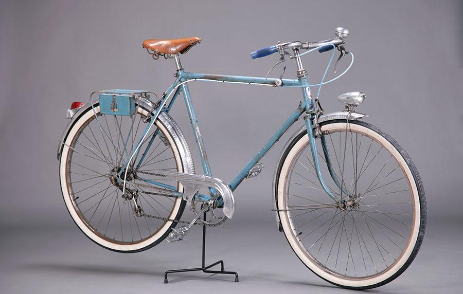 Vélo de ville Peugeot années 50